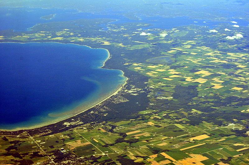 Aerial view of Wasaga Beach, Georgian Bay, Ontario, Canada. Wasaga Beach is a town on the longest freshwater beach in the world. (Joe Mabel/Wikipedia)